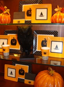 China cabinet shelves for Halloween - MattandShari.com