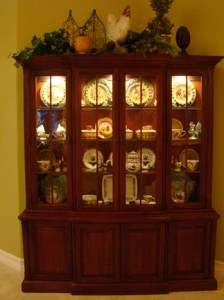 Beautifully accessorized china cabinet - MattandShari.com