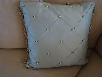 Light silk pillows for spring - MattandShari.com