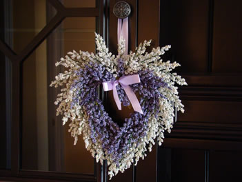 Small lavendar wreath - MattandShari.com