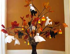 holiday_Halloweentree_haltree1