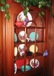 Corner Cabinets Perfect for Collecting - MatandShari.com