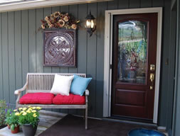 Pretty Entry Adds Curb Appeal