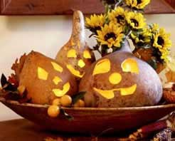 holiday_carvingdriedgourds_gourd2