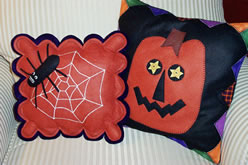 halloweenpillows1