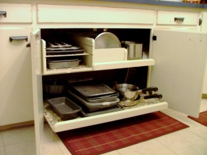 Pot and Pan Storage Drawer