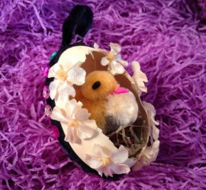 Easter Egg with Chick