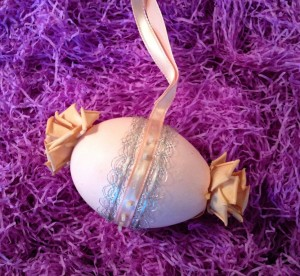 Easter Egg with Lace